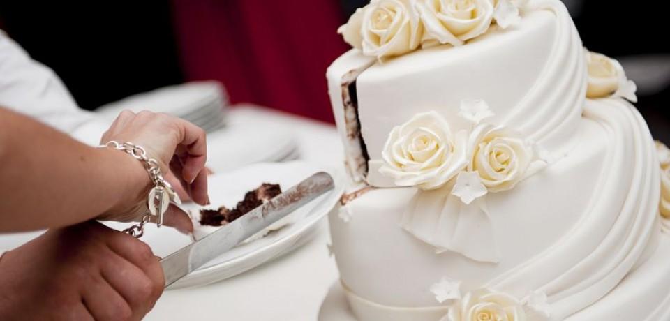 Torturi pentru nunta clasică